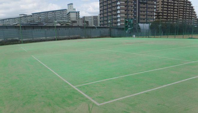 テニスコートメンテナンス