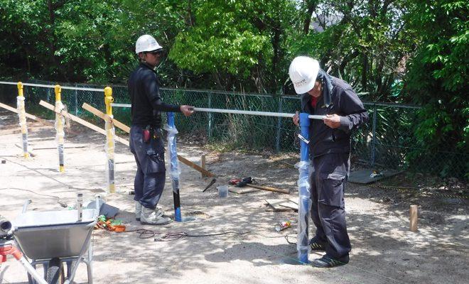鉄棒設置工事